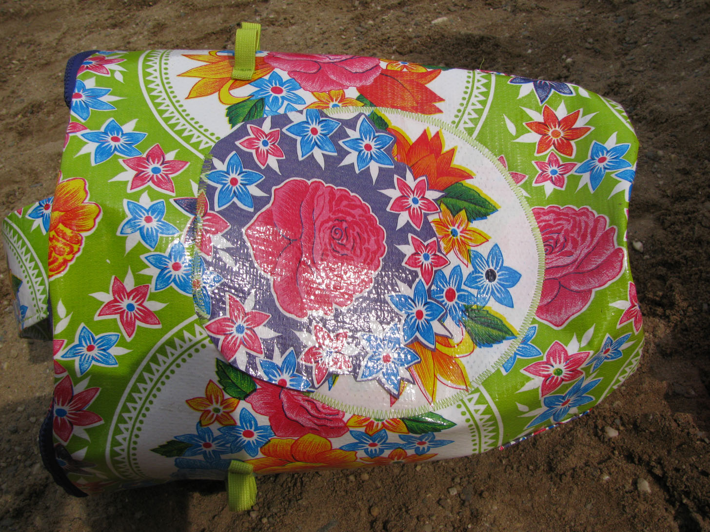 Außentasche für Sandförmchen